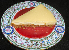 Cheesecake with roasted strawberry sauce