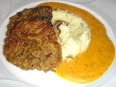Peceto milanesas with potato zucchini mash
