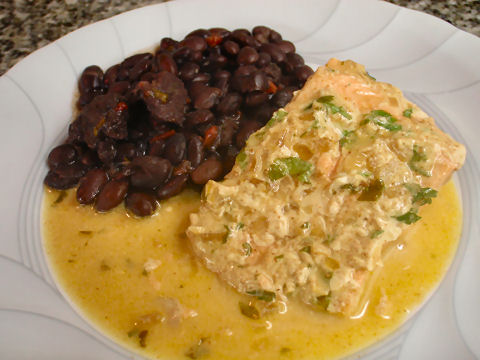 Trout in chipotle cream with black beans