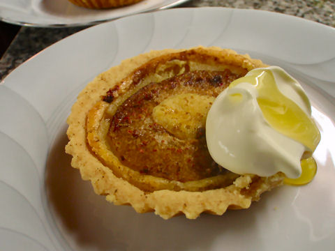 Pear and peppercorn tartlet