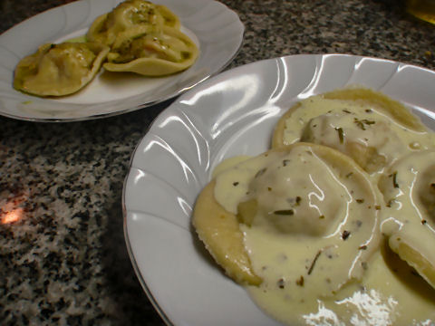Roasted Pepper Ravioli in Goats Cheese Sauce