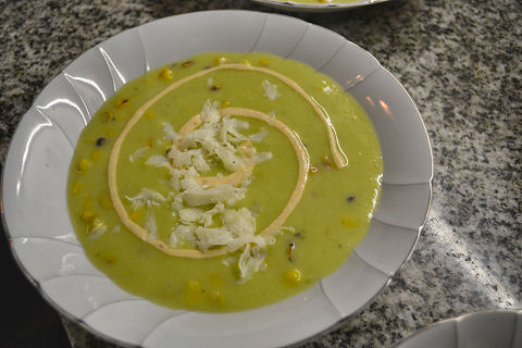 Chilled avocado and roast corn soup