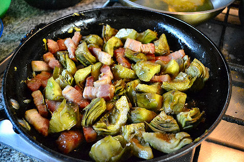 Artichokes and bacon