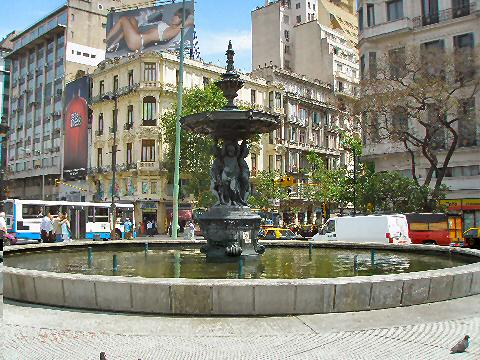 Fountain at Av. Rivadavia