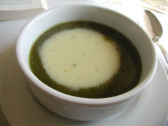 BNCafe cream of spinach soup
