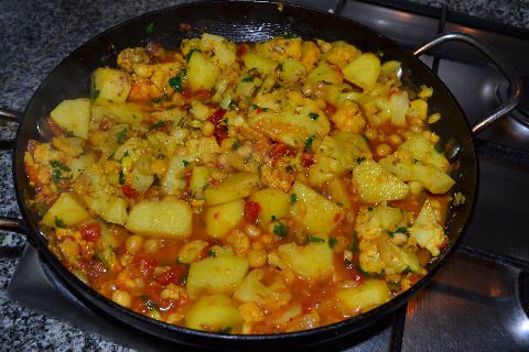 Aloo Gobi - step by step