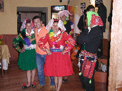 Balcones de Puno - Henry and dancers