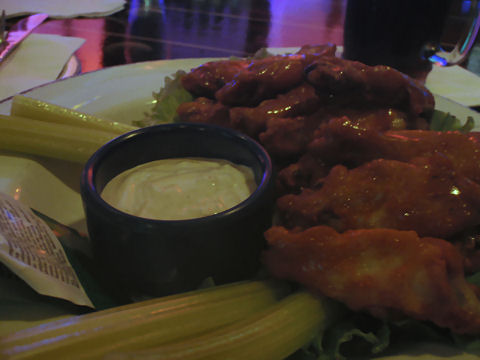 Hard Rock Cafe - Buffalo Wings