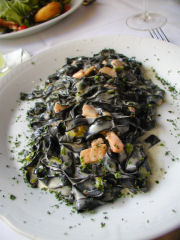 Cabernet - squid ink pasta with salmon