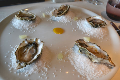 Chila - oysters