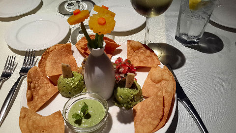 Henry's Place - guacamole