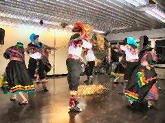 Peruvian folklore dance group