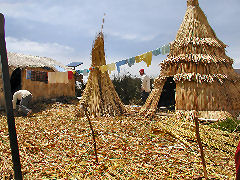 Islas Uros home and cooking hut