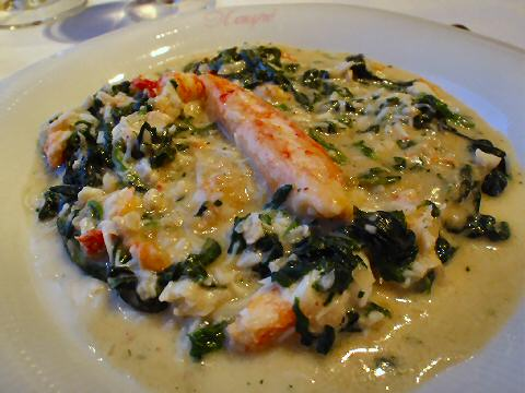 Kaupe - king crab and spinach chowder