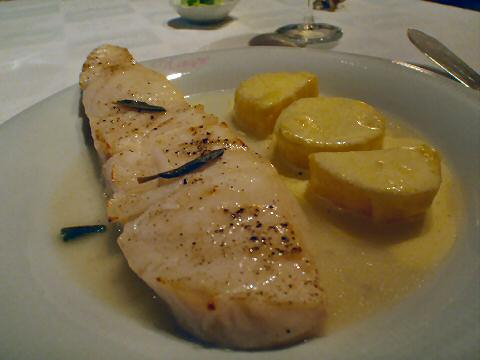 Kaupe - Chilean sea bass with sage and lemon