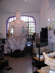 Casa Yrurtia - one of the larger statues