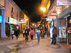 Calle Lima at night