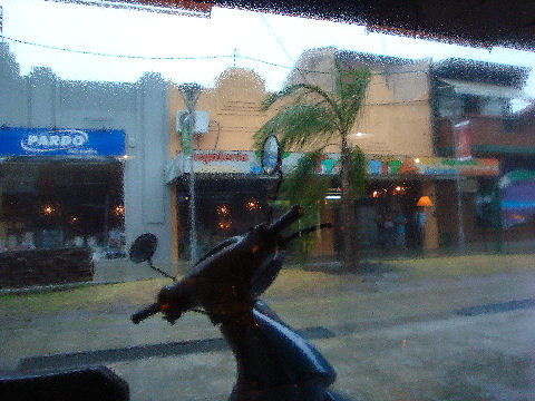 Waiting out the rain in Parrilla Martin Fierro