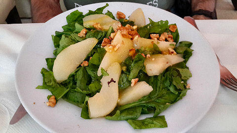 Telmo Mio - Spinach Pear Salad