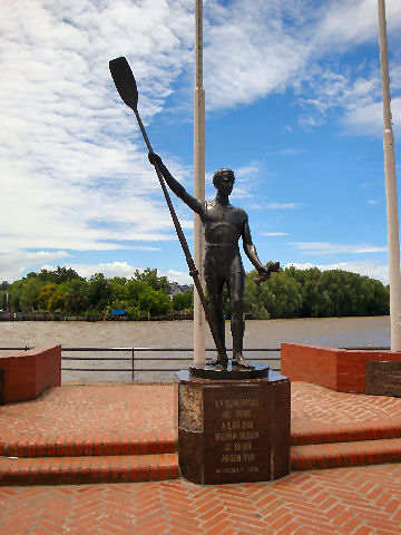 Monument to the Rowing Clubs