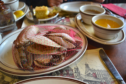 Union Oyster House - steamers