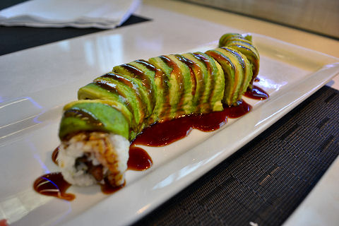 Caterpillar Roll Wicker park - caterpillar roll