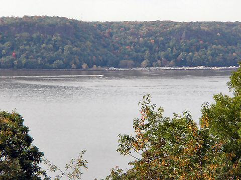 Fort Tryon Park - view of the Hudson