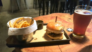 crafters-burger